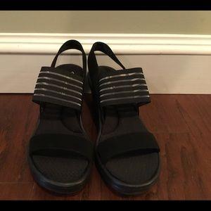 Skechers Memory Foam black wedge sandals 7/37